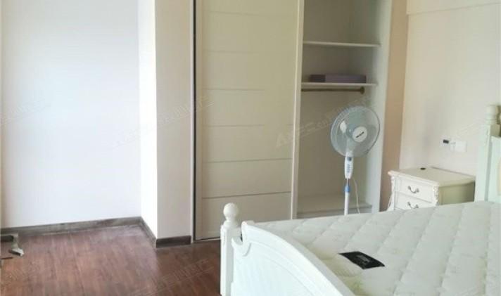【6图】假日阳光loft公寓精装修拎包入住-南通优优好房