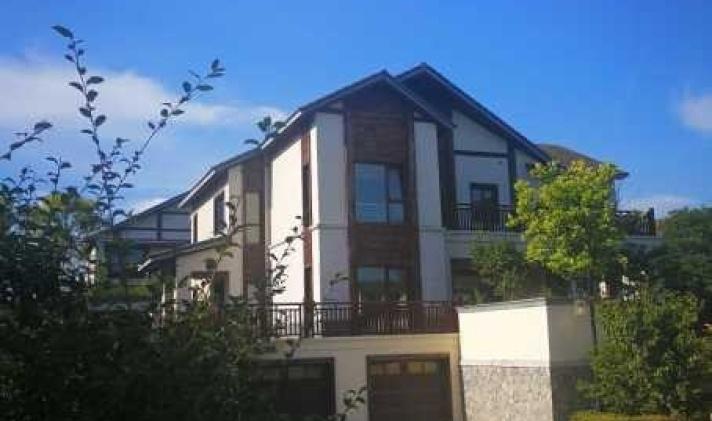 吴中区光福 太湖黄金水岸(别墅) 8室2厅4卫 415.08平米