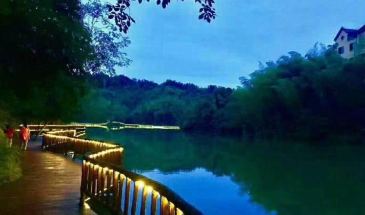 江安县 贵州赤水天岛湖 1室1厅1卫 40平米