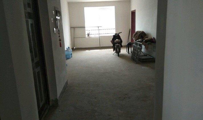 开封二手房 龙亭区 > 左岸风景小区   1/1 57 万 4710元/平米 3室2厅1