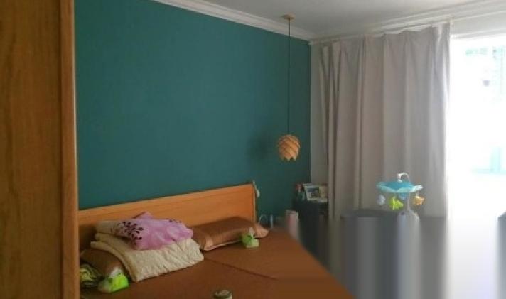虹口区凉城 水电路1381弄小区 3室1厅1卫 96平米