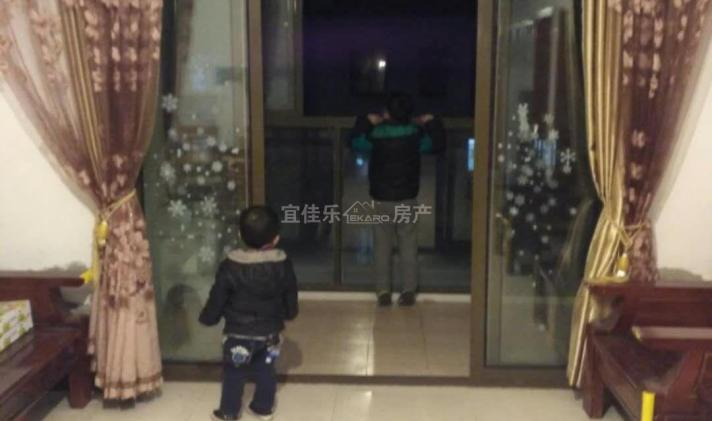 昆山市张浦 舜江碧水豪园 3室2厅2卫 119平米