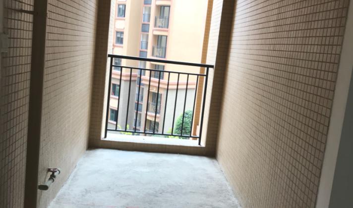 青白江其他 凤凰岛誉湖 3室2厅2卫 127.72平米