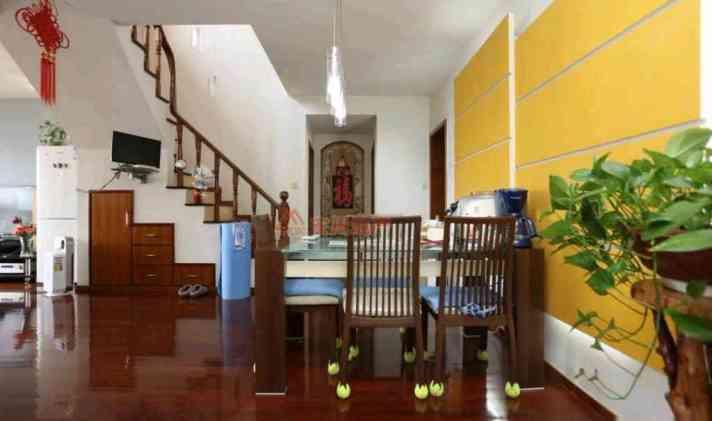 闵行区老闵行 鹤北新村二街坊358弄 4室2厅2卫 147.85平米