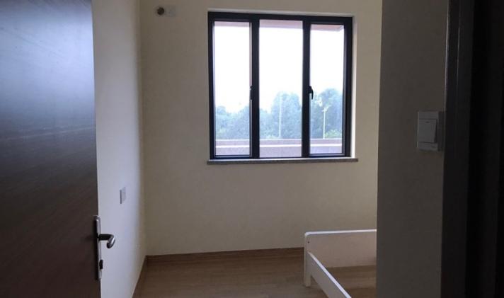 陆丰市东海 碧桂园 3室2厅2卫 120平米