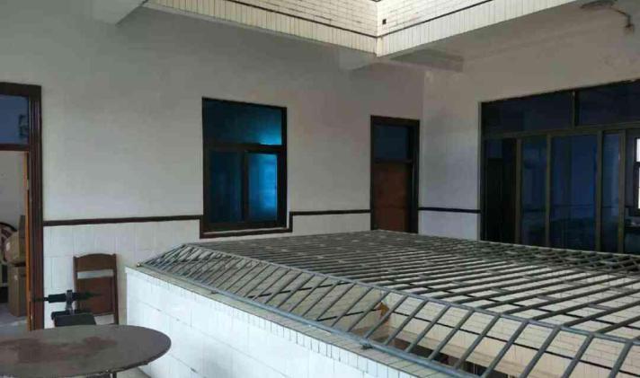陆丰市东海 六驿村 9室4厅3卫 500平米