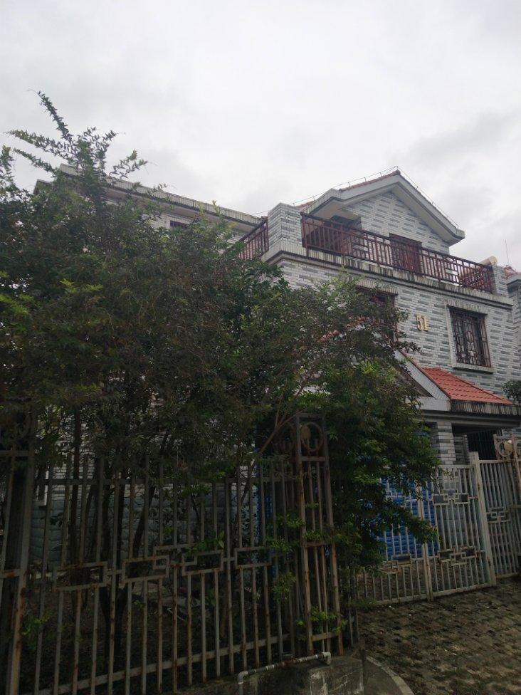 有天有地 八里街 蓝洲湾独栋别墅 使用面积440平三面带院子