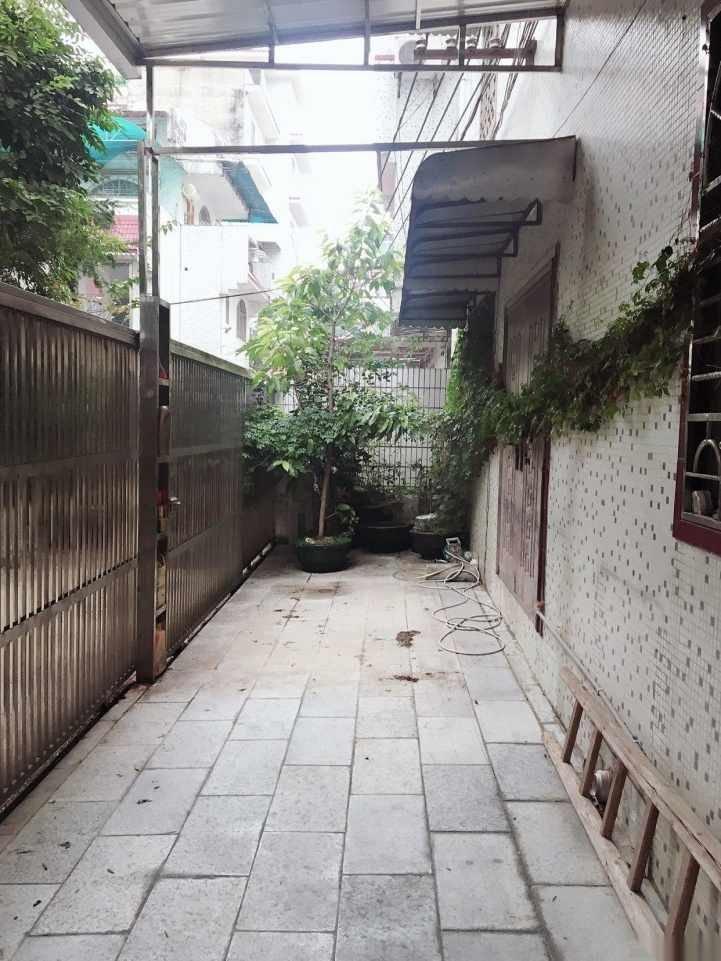 桂林市环城北二路漓江花园别墅239诚意出售