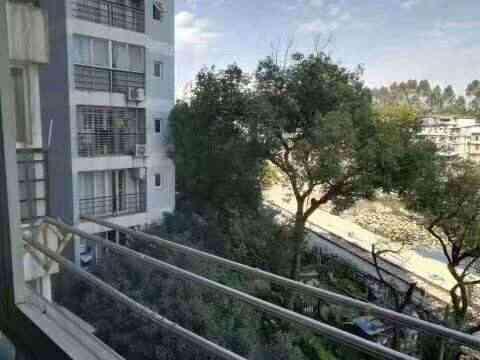 安厦尚城风景 四楼 精装 74.99万 3+1房 拎包入住