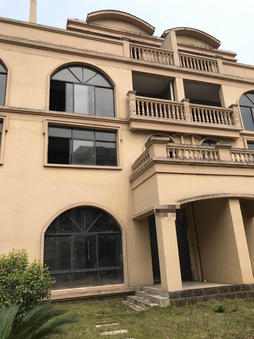 金雅轩别墅出售、有房产证