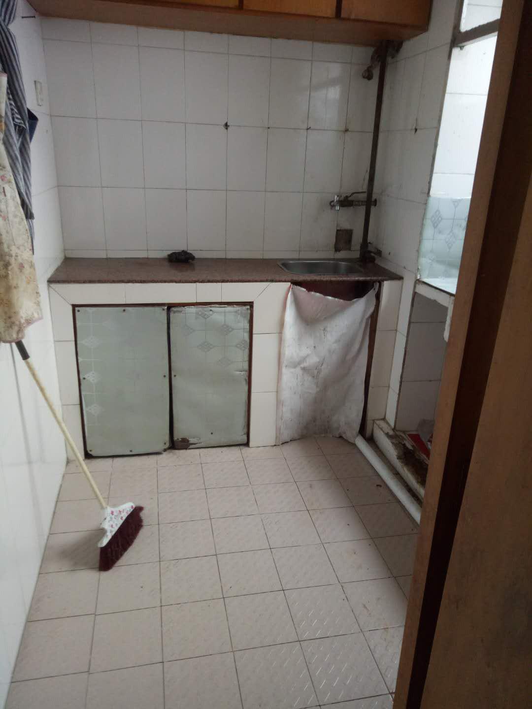 瓦窑路21号88平方 3房2厅一卫 诚心出售50万