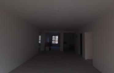 经典尚峰尚水尚居园3室2厅2卫2阳台!精装修!两证齐全!