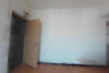 2室1厅1卫1阳台3800元/月,封闭小区,随时入住